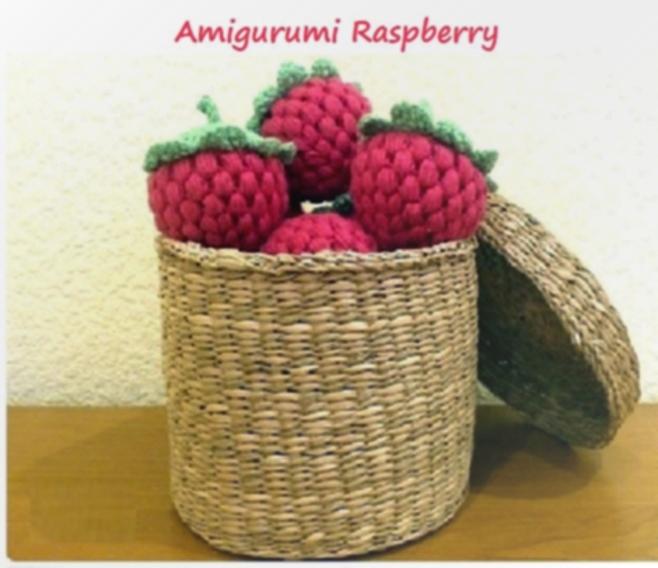 amigurumi raspberry