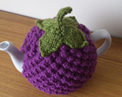 blueberry stitch teapot cozy