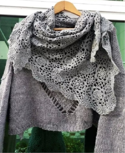 gray shawl (2).jpg
